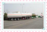 3桥半挂40吨油罐车制造厂罐体容量价格