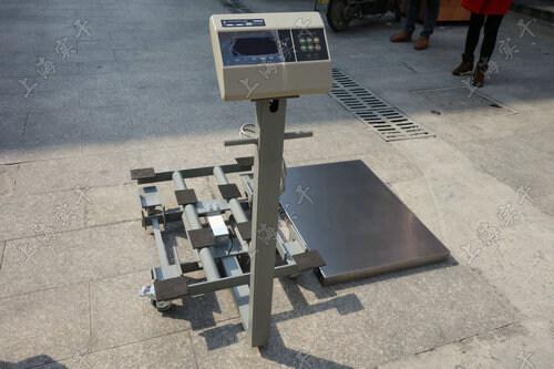(4)带信号输出电子秤内部使用的是高运算a/d和单片机电路,为使您称重